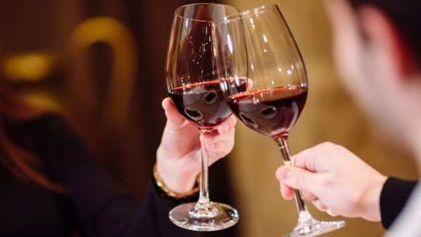 Cresce para 2,37 litros o consumo per capita de vinho no Brasil.