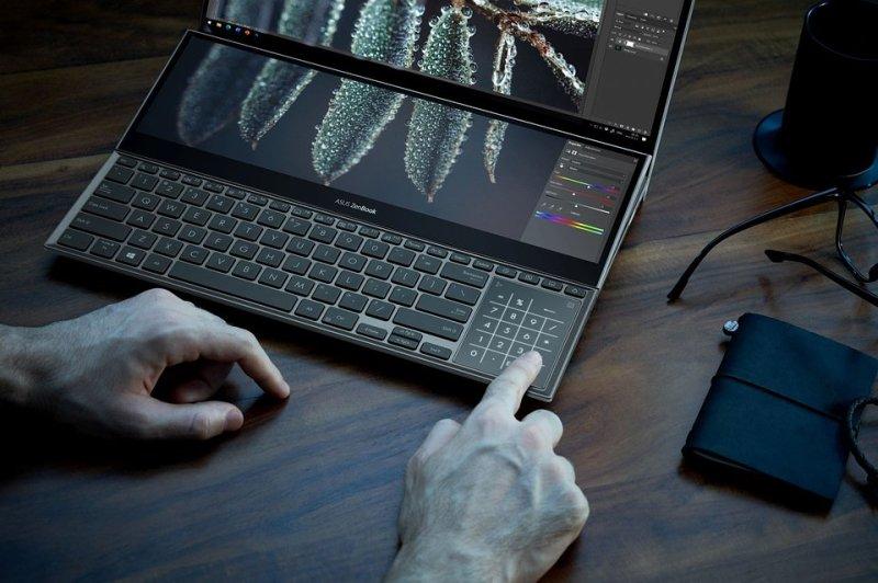 ZenBook Pro Duo 15 OLED_UX582_Scenario photo_031.jpg