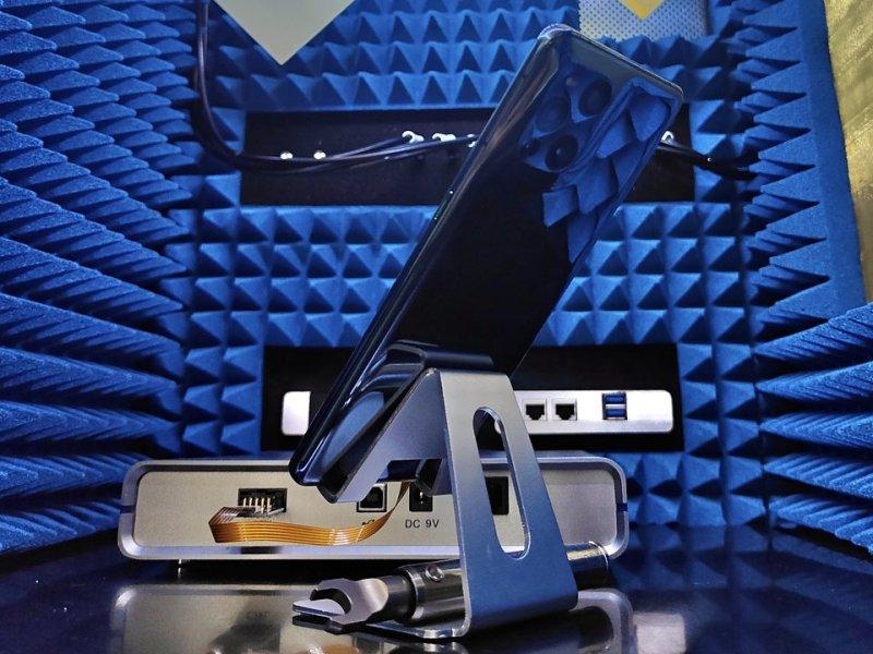 OPPO Find X3 Pro w testach sieciowych SA w laboratorium OPPO