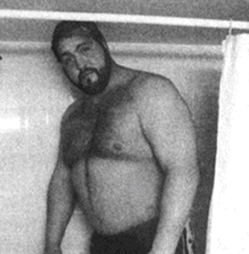 Big Show   5 Stories Showing What Life is Like as a Giant