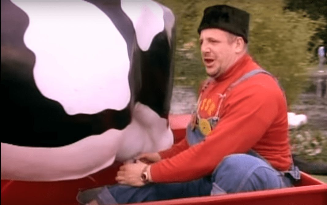 Wrestler cameros in music videos - the late great Nikoli Volkoff drives past in the back of a red truck, milking a porcelain cow for what appears to be no reason what so ever in Cyndi Lauper's 'Goonies R Good Enough' music video