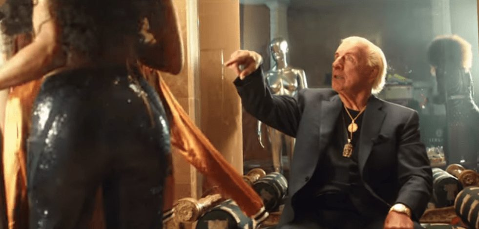 Wrestler Cameos in Music Videos - Ric Flair stares at a lovely lady's behind in 21 Savage, Offset & Metro Boomin's 'Ric Flair Drip' music video