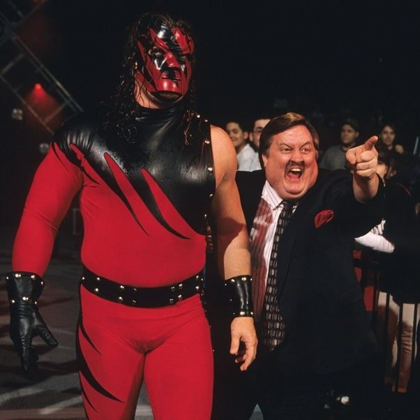 Kane debuts at WWF Bad Blood 1997 with Paul Bearer