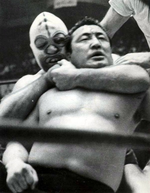 """""""The Destroyer"""" Dick Beyer, seen here applying a sleeper hold on Rikidozan, was perhaps Rikidozan's last great opponent before he passed away."""
