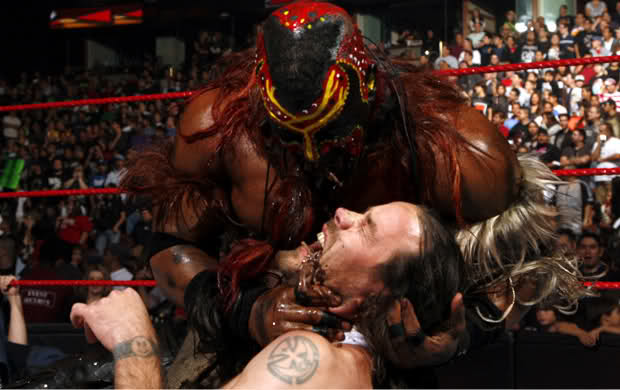 The Boogeyman feeds worms to Chris Pontius from Jackass moments before Khali makes his way to the ring to attack Johnny Knoxville!