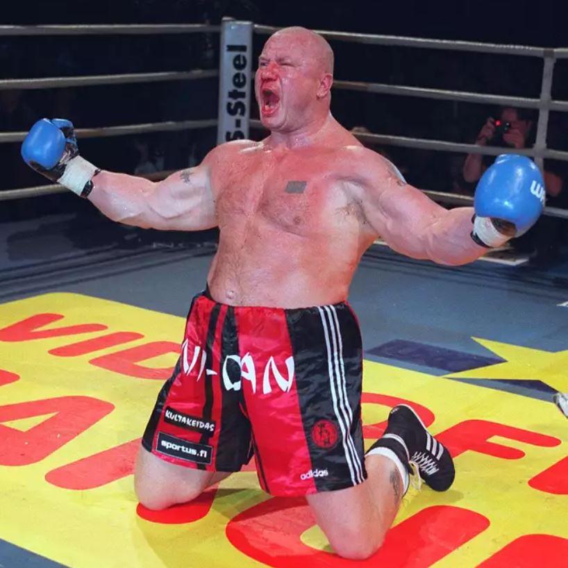 Tony Halme, aka Ludvig Borga, in a boxing ring