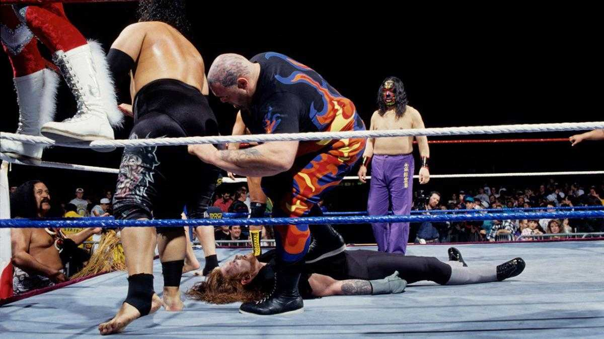 The Great Kabuki, seen here in the background, was a surprise entrant in 1994's WWF Royal Rumble.