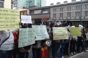 Protestan por desaparición de subsidios a Estancias Infantiles