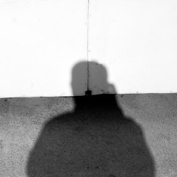 """""""De mí y mi sombra"""" - Manu Ruhe - 080614"""