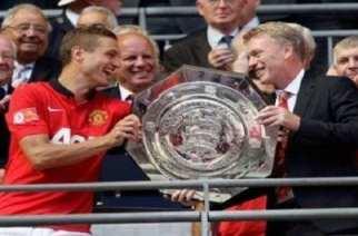 David Moyes gana el primer titulo para el Man Utd