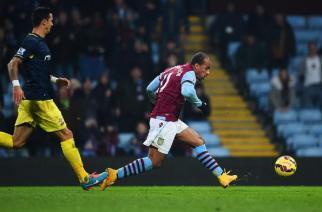 El tercer gol de Agbonlahor dio un punto al Aston Villa