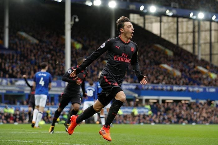 Mesut Ozil Arsenal Everton