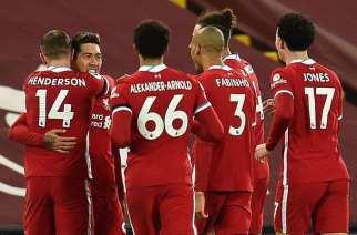 Firmino le da la victoria y el liderato al Liverpool