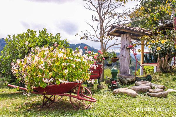 Los jardines de la Finca