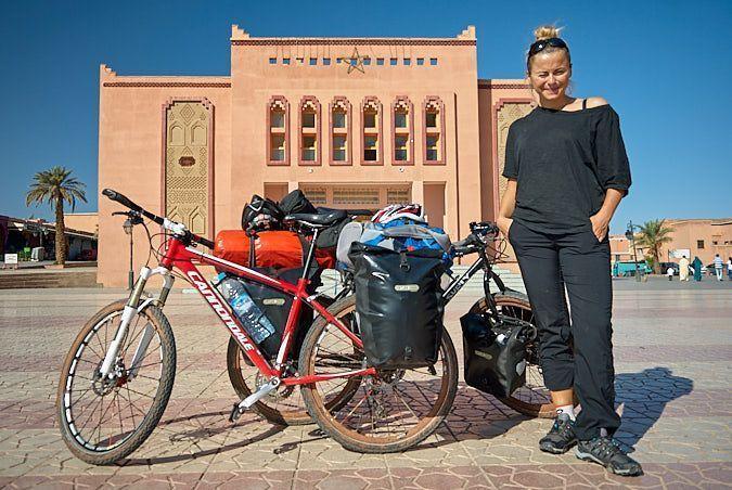Marruecos-Atlas-bicicleta-Ouarzazate