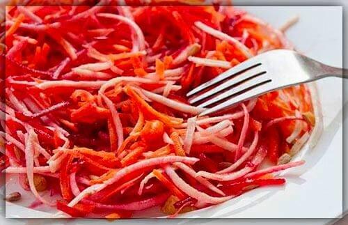 """Салат """"Метёлка из 4 овощей"""""""
