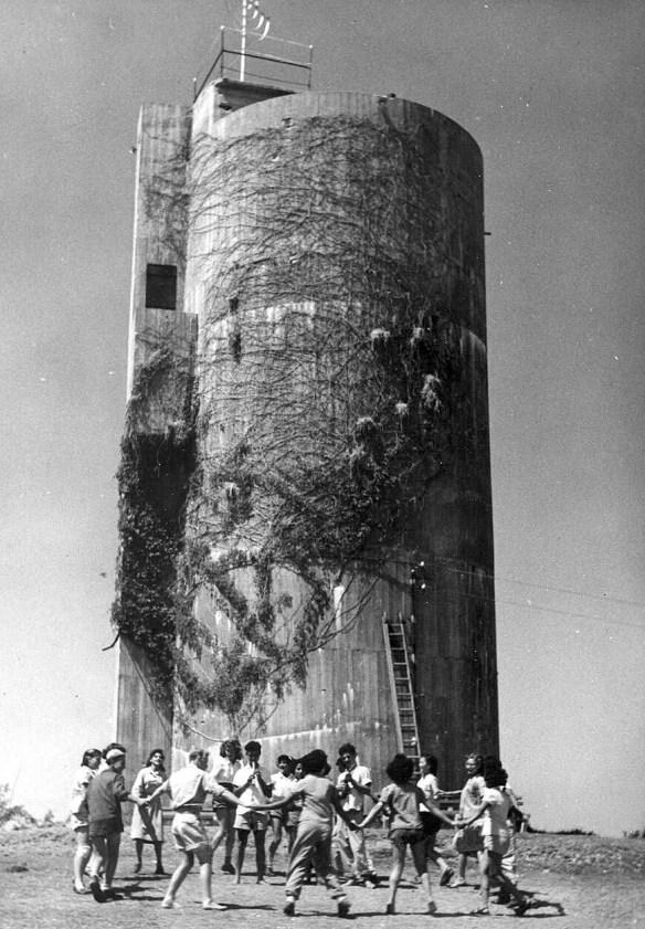 מגדל מים חולדה חניכי תנועת הנוער