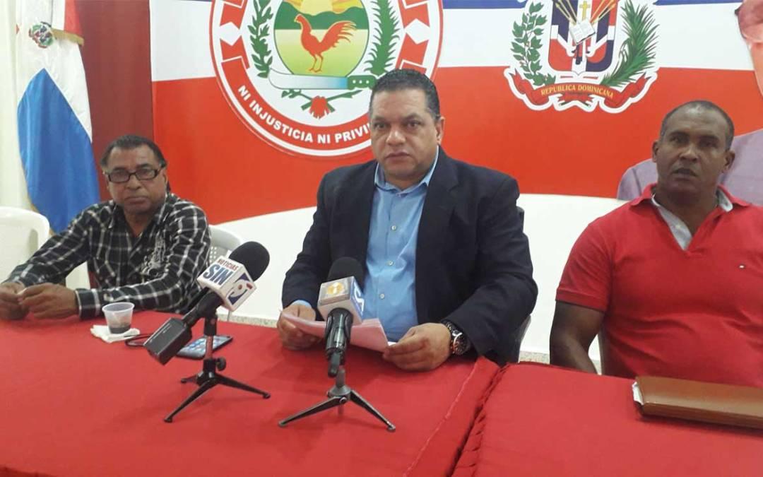 Transportistas solicitan medidas para evitar violencia y represión de agentes de tránsito en Santo Domingo y el Distrito Nacional.