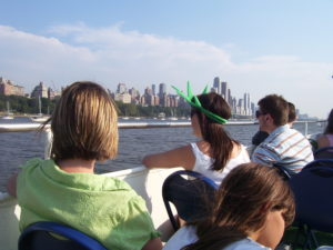 People viewing New York