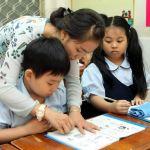 Hướng dẫn trẻ ngồi học đúng cách, hiểu quả