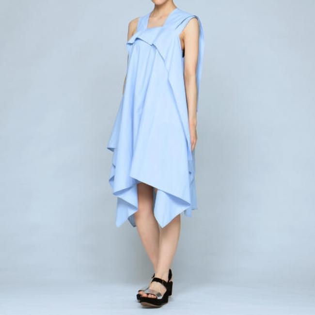 「KOCHE(コシェ)」 シャツ素材ドレス ¥79,000(税別)