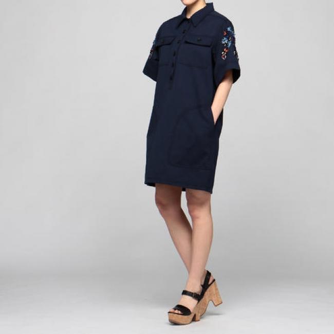 「KOCHE(コシェ)」ワークシャツ風ドレスxビジュードレス ¥118,000(税別)