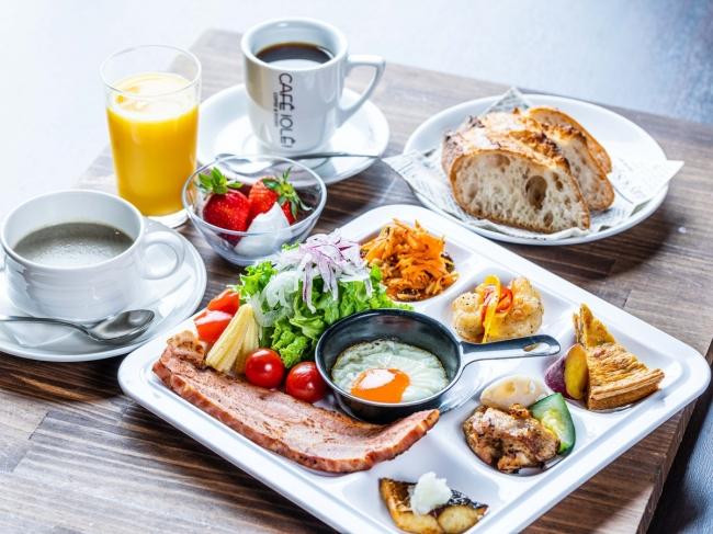 1階レストラン「CAFE!OLE!luxe」➀