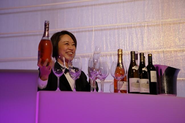 「大人のワイン教室」でワインの知識を深めて。