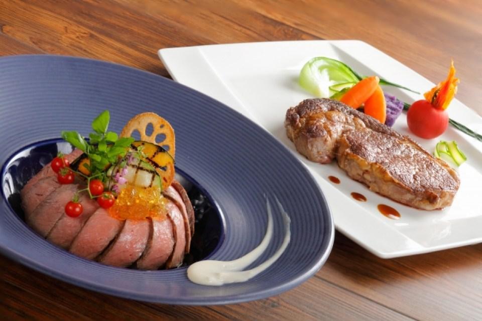 【レストラン&ラウンジ eu(ゆう)】(左)和牛ローストビーフ丼 (右)プライムリブロースステーキ