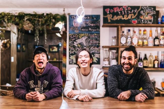 北海道 Waya Guest House & World Liveing Roomは「世界への玄関」