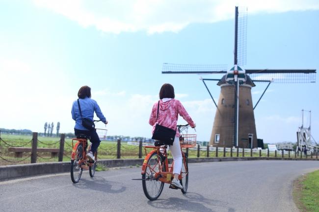 サイクリングロードを自転車でGO!