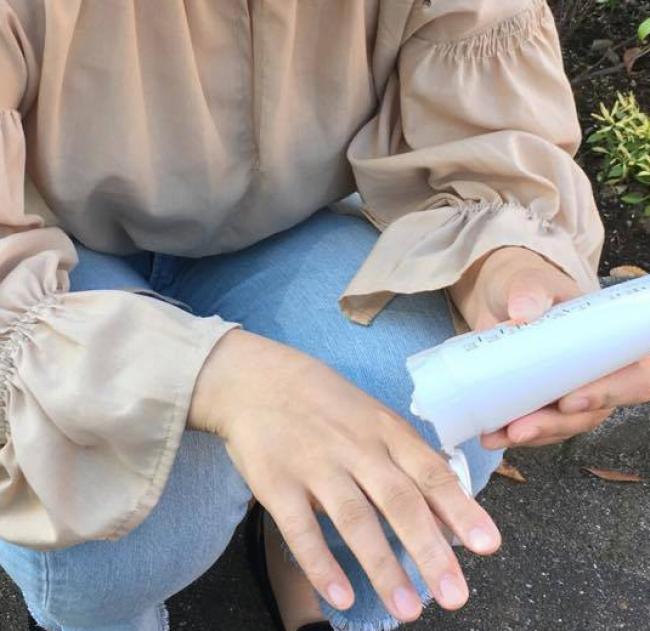 私は手が荒れやすくてヒリヒリするクリームもあるのですが、 このクリームはとてもなめらかです!」(Aさん)
