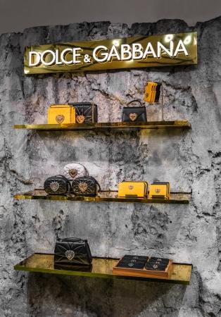 新色イエローカラーが先行発売(C)DOLCE&GABBANA