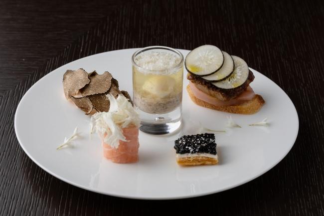 フォーシーズンズホテル丸の内 東京  アフタヌーンティー セイボリー イメージ