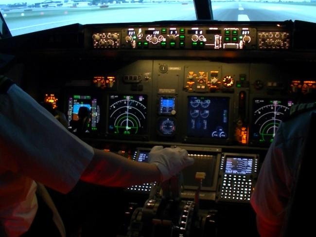 画像ーフライトシミュレーションイメージ