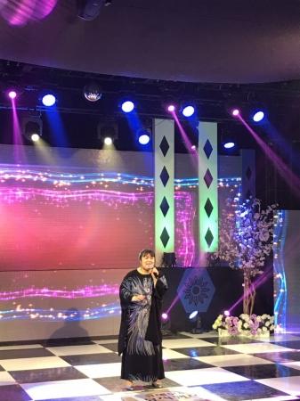 映画の主題歌LUKAと私のFOREVER STORYをOBSwの歌番組で披露したSIZUKU