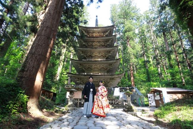 国宝・羽黒山五重塔でのロケーション撮影イメージ(出羽三山神社)
