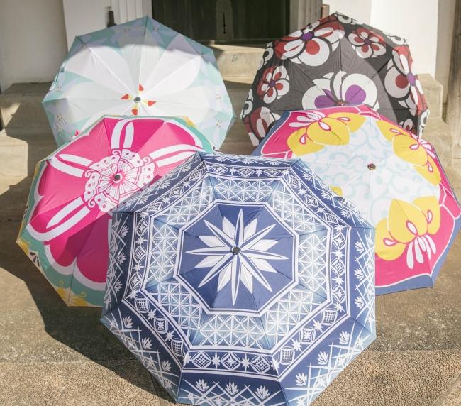 倭モダン折りたたみ傘。 ¥2,800+税