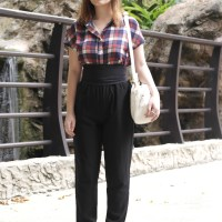 A Weekend Look In A Plaid Top
