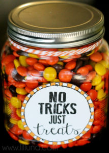 no-tricks-just-treats-jar-free-printables-perfect-for-halloween