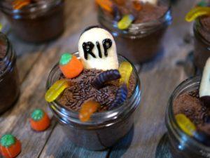 spooky-jar-food