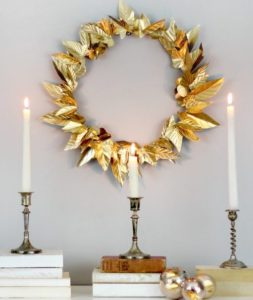 wreath-gold-leaves