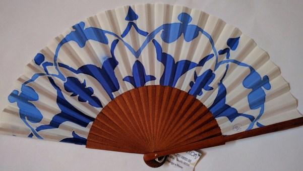 """Abanico seda """"filigrana azul"""""""