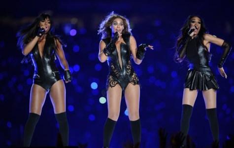 Beyonce and Destiny's Child Light Up Superbowl Halftime