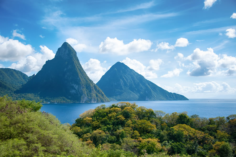 santa-lucia-west-indies-mountains-ocean