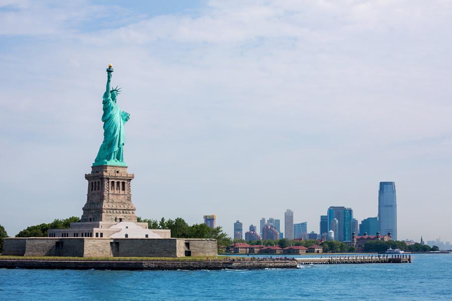 american-resilience-statue-of-liberty-ellis-island