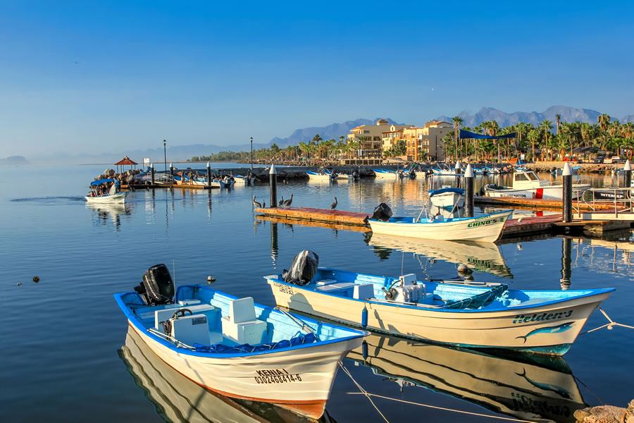 expat-loreto-baja-california-sur-mexico-boats-docked