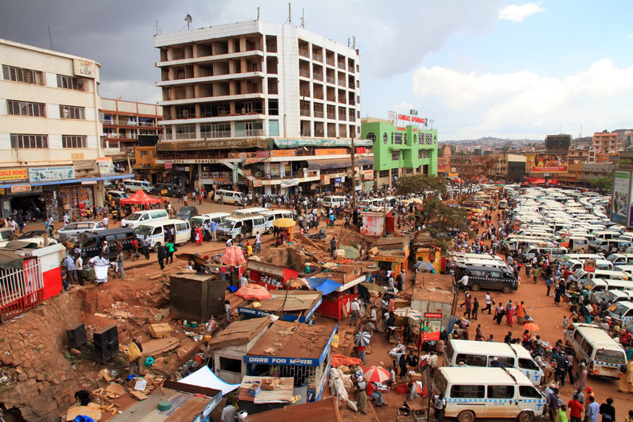 queen-of-katwe-daily-life-on-the-streets-of-kampala-uganda