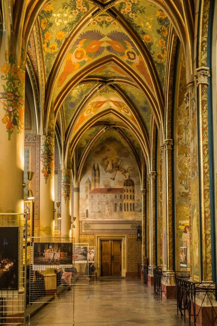 Praga - Bazylika świętych Piotra i Pawła
