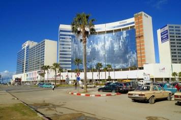Tanger - Hilton do tanich nie należy